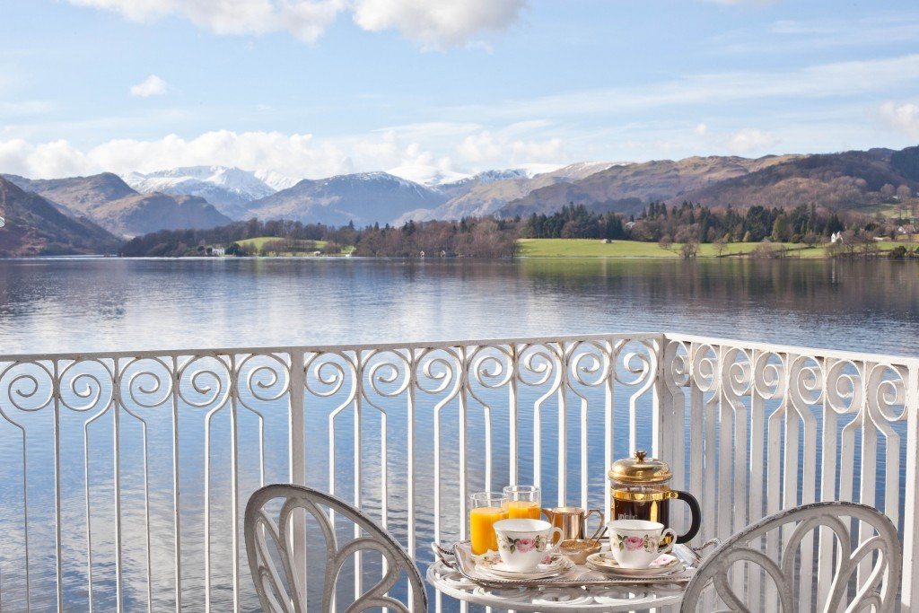 Lakelovers_blog_Top_5_places_to_visit_in_Ullswater__Afternoon_tea_copy