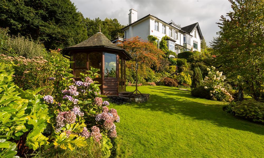 Bowness Large Group Cottages